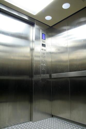 งานประตูลิฟต์แบบStainless