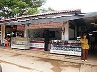 เที่ยวตลาดเขมร ตลาดขายของ ( เก๊ ) ในประเทศเขมร