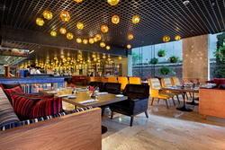 ห้องอาหารดีไลท์ ตั้งอยู่บริเวณชั้น 1 โรงแรมดับเบิ้ลทรี บาย ฮิลตัน สุขุมวิท กรุงเทพฯ ซอยสุขุมวิท
