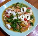 NO. SF12 ผัดกะเพรารวมมิตรทะเล (Spicy basil fried with mixed seafood)