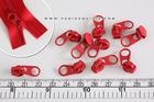 หัวซิปตัดฟันไนลอน เบอร์3 สีแดง พร้อม Puller แบน (10ชิ้น)