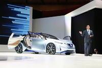นิสสันโชว์รถต้นแบบขับเคลื่อนอัตโนมัติ ยานยนต์ยุคดิจิตอล ในงานโตเกียว มอเตอร์โชว์ 2015