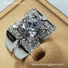 แหวนเพชร 4 กะรัต เกรด7A คัดพิเศษเพชรเจียระไน 81เหลี่ยม ตัวเรือนดีไซน์อิตาลี สวยหรูทันสมัย ตัวเรือนเงินแท้ 92.5%ชุบทองคำขาว