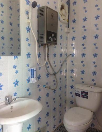 ห้องน้ำที่ขาวสะอาด และน้ำอุ่นๆ