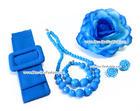 เซ็ทเครื่องประดับ สีฟ้า ประกอบด้วย เข็มขัดผ้า สร้อยคอ ข้อมือ ต่างหู และดอกไม้ติดผม