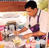 ธรรมเนียมปฏิบัติในการรับประทานอาหารของคนอินเดีย