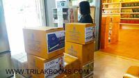 ขณะนี้ศูนย์หนังสือไตรลักษณ์ เตรียมจัดส่ง หนังสือพระไตรปิฎก และหนังสือธรรมะ จัดส่งขึ้นบริษัทขนส่งเรียบร้อยแล้ว ครับ