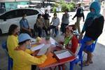 ทม.ลัดหลวง ลงประจำจุดชุมชน รับลงทะเบียนขอรับความช่วยเหลือได้รับผลกระทบCOVID-๑๙ในพื้นที่ ย้ำ!คุณสมบัติต้องครบ-และผ่านการพิจารณา รับ๑,๐๐๐ บ./ครอบครัว