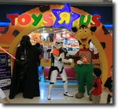 "Toys ""R"" Us Clone Wars Promotion"