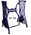 KJ744