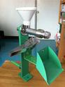 เครื่องบีบน้ำมันเมล็ดพืชเอนกประสงค์ขนาดตั้งโต๊ะแบบมือหมุน (สินค้าจำหน่าย)