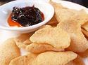 NO. DF28 ข้าวเกรียบทอด (Fried cracker)