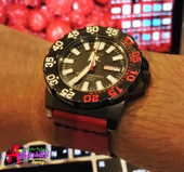 Seiko Mini Monster with Strap Two Tone Color.