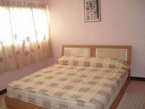 เตียง Double Bed 6 ฟุต เปลี่ยนเครื่องนอนทุกคร