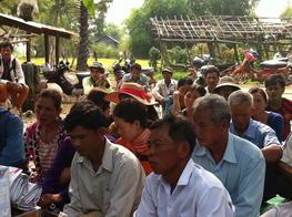 การประชุมกลุ่มเกษตรกรชาวนาในกัมพูชา จังหวัดศรีโสพล