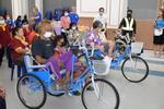 มอบกายอุปกรณ์ส่งต่อโอกาสพัฒนาคุณภาพชีวิตผู้พิการในเขตเทศบาลเมืองลัดหลวง