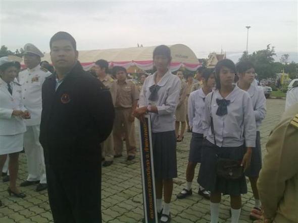 อาจารย์เอนกพานักเรียนเข้าร่วมกิจกรรมวันปิยะมหาราช