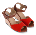 [พร้อมส่ง] รองเท้าส้นเตารีด สูง 3 นิ้ว มีสายรัดข้อเท้า สีส้ม