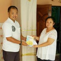 ส่งตู้พระไตรปิฎ ไม้สักทรง สี่เหลี่ยมคางหมู ประดับลวดลายทอง   และ หนังสือพระไตรปิฎก แบบ91 เล่มภาษาไทย   ไปยัง #หมู่บ้านพรไพศาล