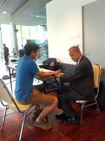 รายการคนสู้โรค: นวดเท้าตามศาสตร์แพทย์แผนจีน 8July14