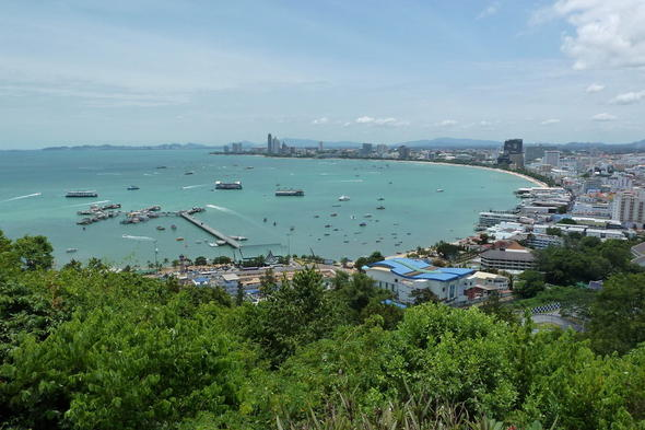Pattaya Beach-1 (900X600)