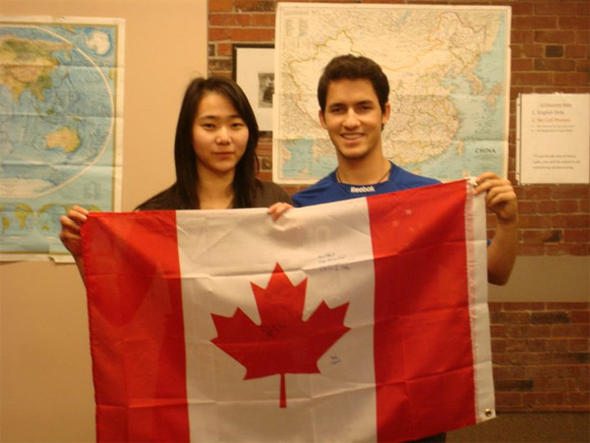 น้องขวัญ  Work & Study Canada English Bay Coll