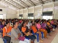 ประชุมผู้ปกครองนักเรียนและลงทะเบียนเรียน ประจำปีการศึกษา 2557