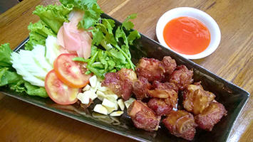 NO. DF10 แหนมซี่โครงหมูทอด (Deep fried pork spare ribs)