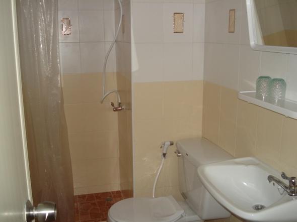 ห้องน้ำส่วนตัว พร้อมเครื่องทำน้ำอุ่น