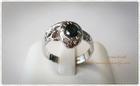 SR0012 แหวนเงินชุบทองคำขาวหัวพลอยน้ำเงิน