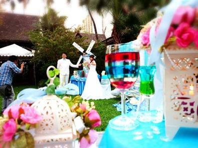 จัดเลี้ยงเครื่องดื่มค็อกเทลงานแต่งธีมฟ้าใสๆ@สยามสมาคม