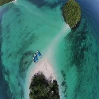 เกาะพีพี หินกลาง เกาะไผ่