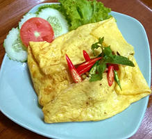 NO. DF17 ไข่ยัดไส้ (Stuffed omelette)
