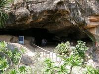 พาเที่ยวถ้ำประวัติศาสตร์ ถ้ำกระแซ กาญจนบุรี