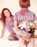 รักแม่ไม่ต้องเขิล มาบอกรักแม่แบบแมน ๆ กันเถอะ!
