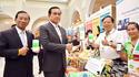 ท่านนายกรัฐมนตรี และรัฐมนตรีว่าการกระทรวงเกษตรฯ ให้เกียรติโชว์แอพพิเคชั่น E-COMMERCE