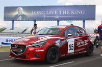 Mazda 2 Skyactiv Clean Diesel  ลงพิสูจน์ความแรงบนสนามแข่ง